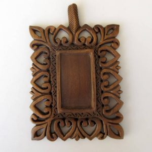 2 Pieces Hand Carved Wooden Window Frame Pendant Handmade Wooden